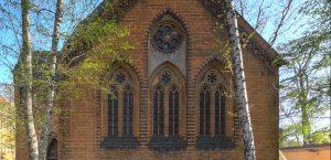 Fenstergliederung auf der Nordseite der Kapelle